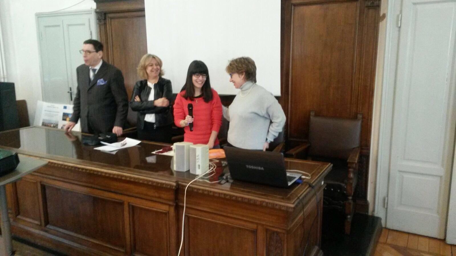Il Prof Brioschi, la Preside Morelli, la premiata e la vice presidente del premio