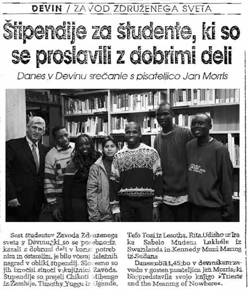 18 ottobre 2002 Primoski dnevnik, Trieste Stipendije za studente, ki so se proslavili z dobrimi deli