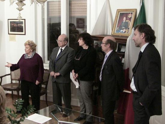 Trieste, 20 dicembre 2008 - La Presidente del Premio Etta Carignani introduce la mostra.