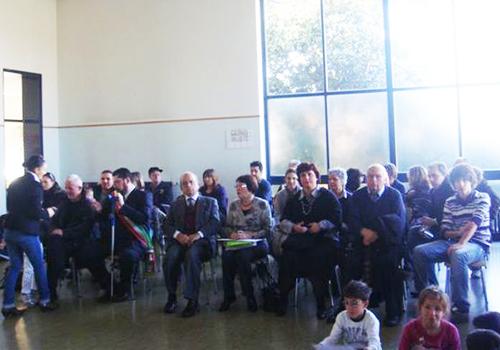 Il pubblico presente alla premiazione di Federico.