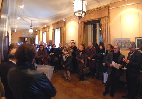 Duino, 15 dicembre 2007 - Una parte del pubblico presente attenta alla presentazione della Etta Carignani. (Foto Micol)