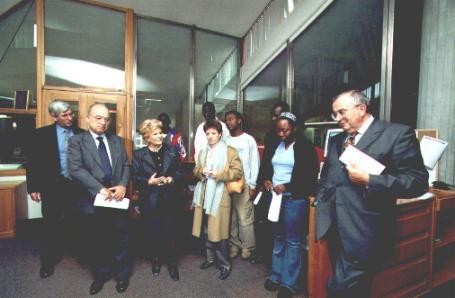 La Presidente Carignani ricorda l'opera di Hazel Marie Cole a favore dei giovani.