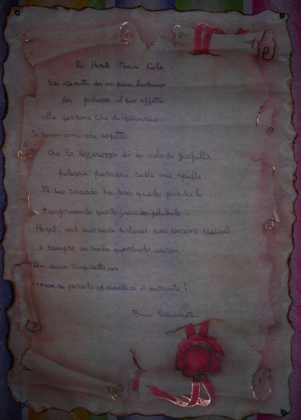 Ecco la poesia che Bruno ha dedicato ad Hazel: l'ha recitata con passione creando un momento di profonda commozione.