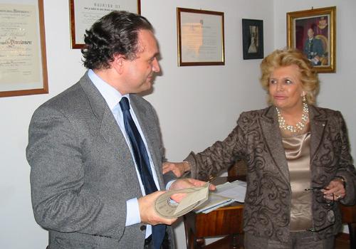 Premiazione della signora de Bartolomeis. Ritira il premio il professor Sinagra