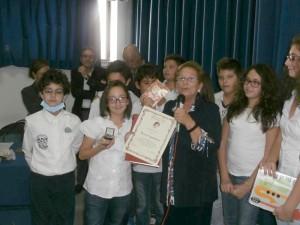 Foto di gruppo di Alessia insieme ad alcuni dei partecipanti alla bellissima cerimonia.