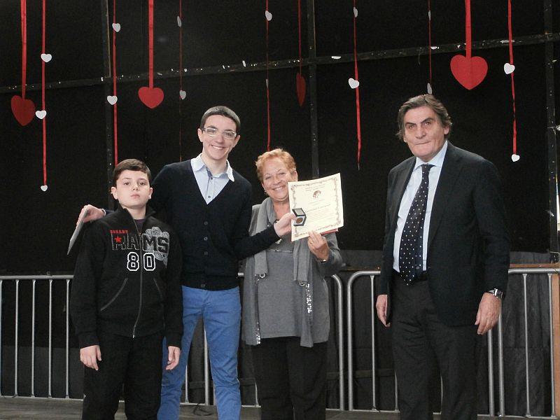 Gianluigi e Luca nel momento della premiazione.