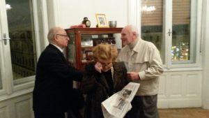 Il sig. Pietro Barbieri ritira il suo premio