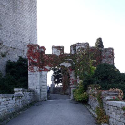 L'ingresso al Castello di Duino, dove si è svolta la mostra