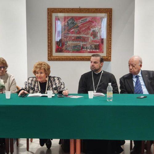 Il Presidente Etta Carignani, il Vice Presidente Donatella Pianciamore, l'Archimandrita Gregorios Miliaris e il Segretario Gesualdo Pianciamore
