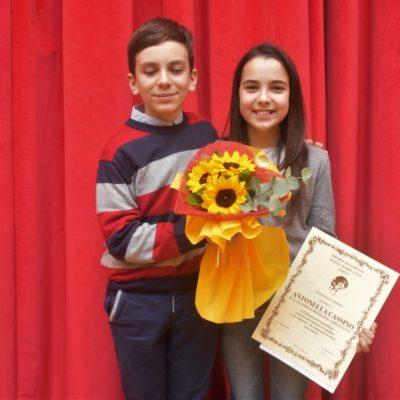 Antonella e Vincenzo posano felici.